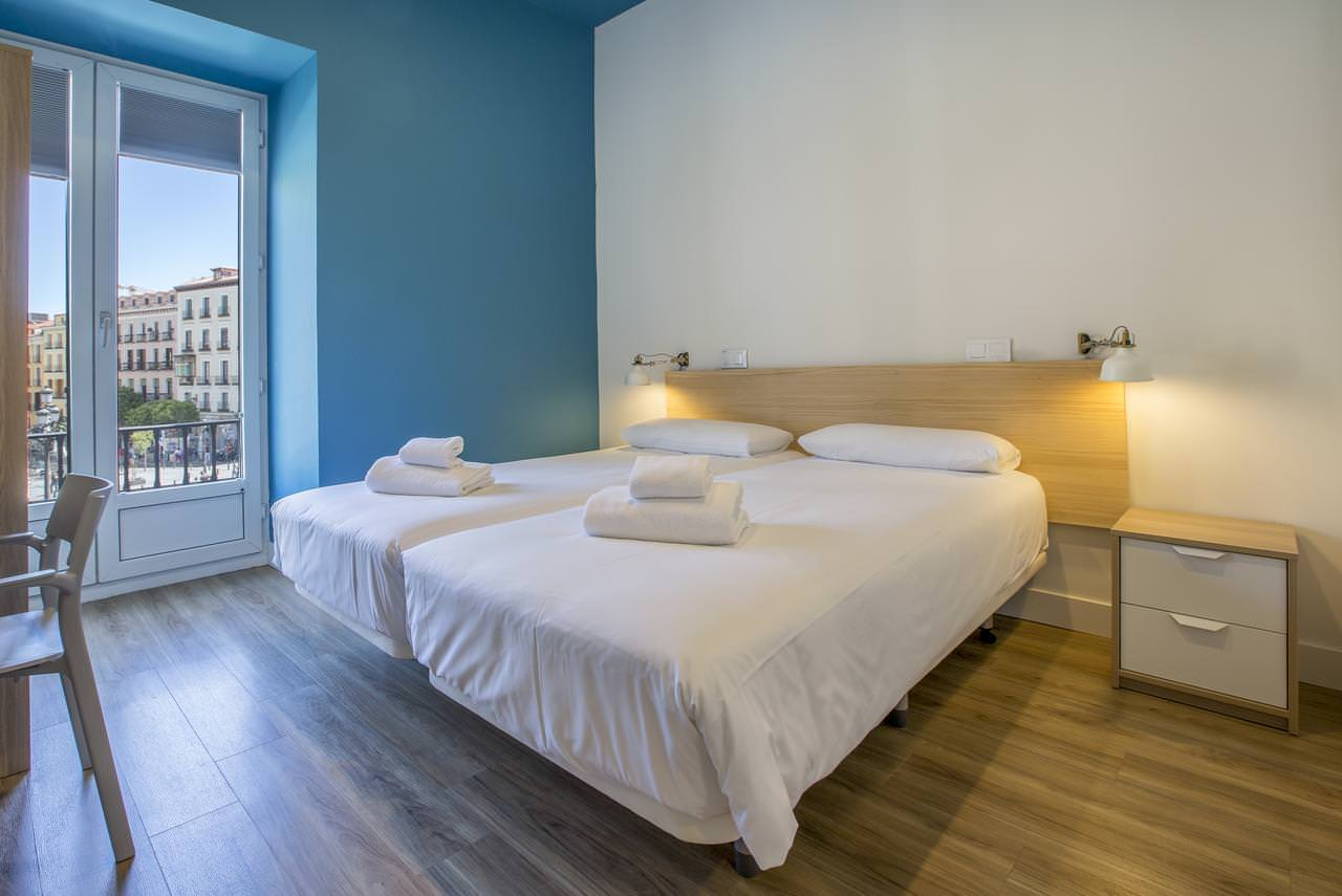 Mola Hostel Madrid double private room accomodation for two guests