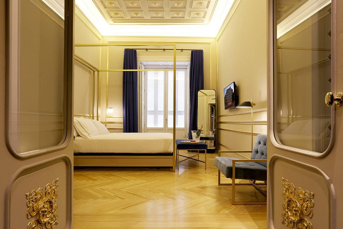 Axel Hotel Madrid Premiere Interior Deluxe Junior Suite with Queen Size Bed