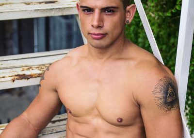 Brent Everett Canadian Gay Adult Actor Performer Influencer Cover
