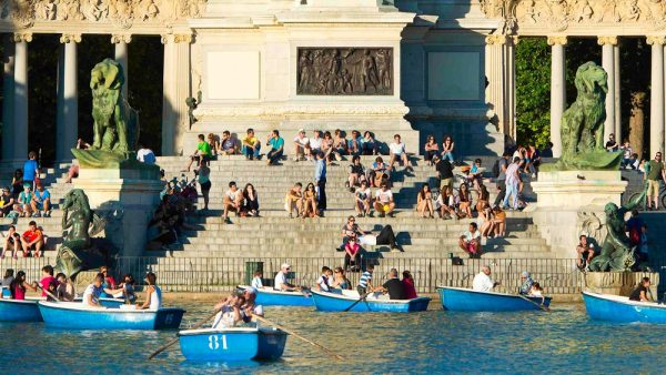 Gay Group Trips to Madrid with Influencers in July 2018 Retiro Park rental boats